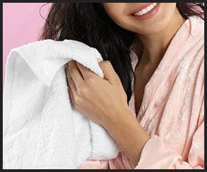Using Microfiber Hair Towel - 2912020443
